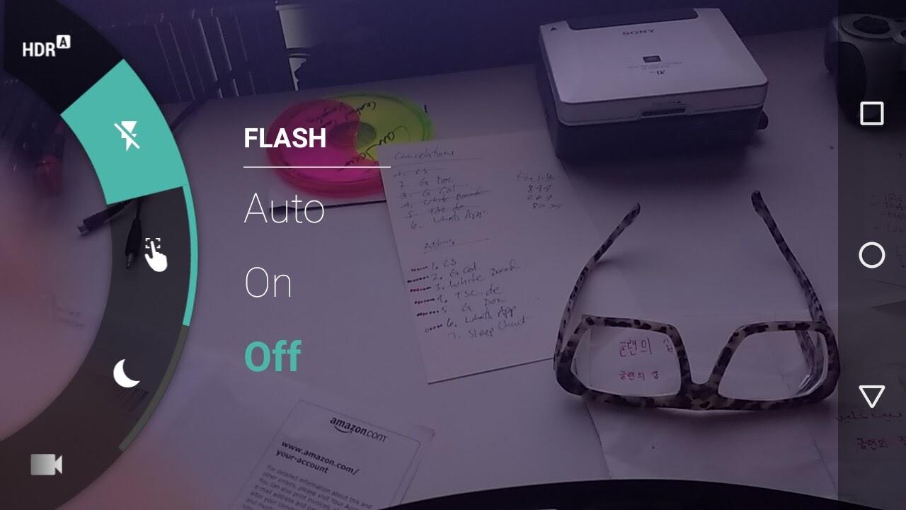 screen cap of Moto-G phone camera showing flash options