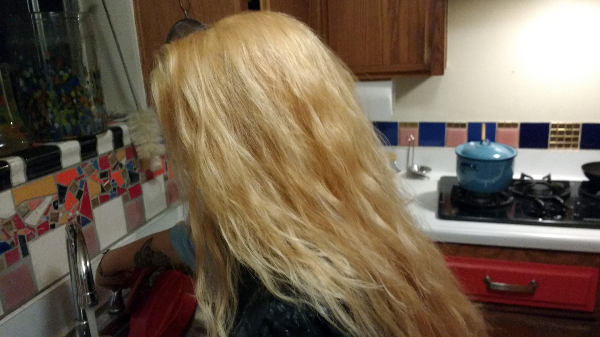 Maya's hair in blonde