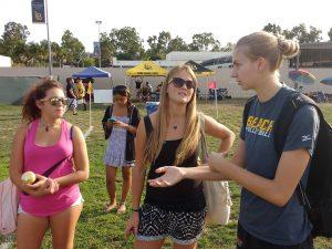 Zeinab, Stefanie & Nele on the sidelilne of a rugby match